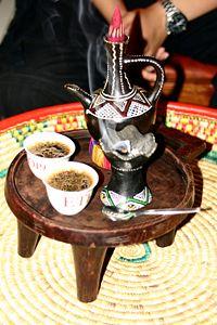 日本の作動にも通じる「コーヒーセレモニー」に使われる道具